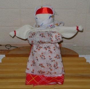 Новгородская беременная кукла